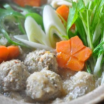 熊本野菜でごぼう茶鍋