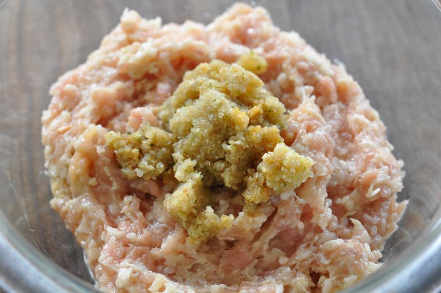 とっぺんレンコンと鶏の団子鍋手順1