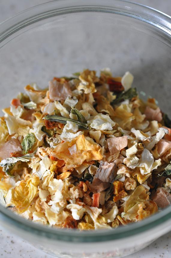 12種の野菜のそぼろのレタス包みごはん手順1